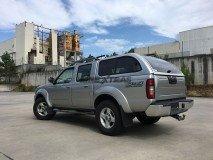 Hard-Top Nissan Navara D22 02-05 W/ Windows Linextras (Gel White)